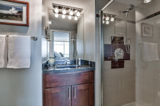 "Photo 16: 1704 1065 QUAYSIDE Drive in New Westminster: Quay Condo for sale in ""QUAYSIDE TOWER II"" : MLS®# R2181912"