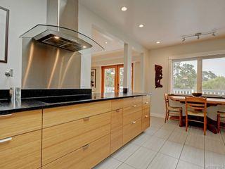 Photo 9: 1957 Hampshire Rd in : OB North Oak Bay House for sale (Oak Bay)  : MLS®# 878624