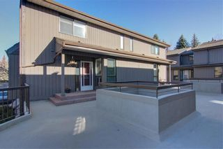 Photo 1: 1317 3240 66 Avenue SW in Calgary: Lakeview Row/Townhouse for sale : MLS®# C4214775