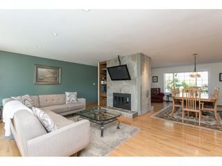 Photo 8: 12958 SOUTHRIDGE Drive in Surrey: Panorama Ridge House for sale : MLS®# R2114731