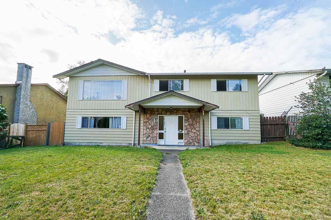 Main Photo: 14134 72 AVENUE in : East Newton House for sale : MLS®# R2398126