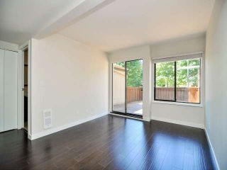 "Photo 7: 887 CUNNINGHAM Lane in Port Moody: North Shore Pt Moody Townhouse for sale in ""WOODSIDE VILLAGE"" : MLS®# V1021537"