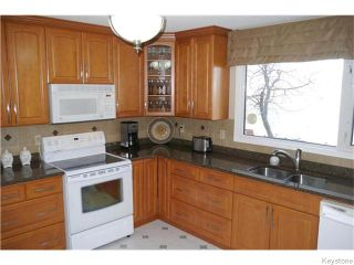 Photo 5: 63 Lakeshore Road in Winnipeg: Waverley Heights Residential for sale (1L)  : MLS®# 1629033