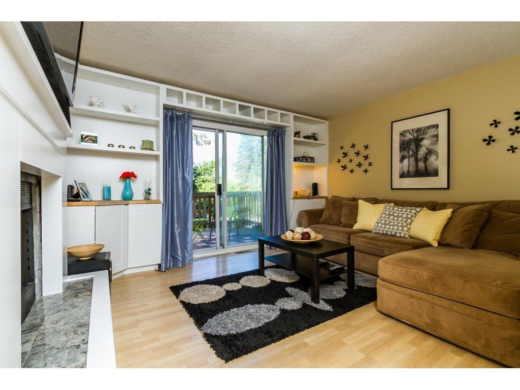 "Main Photo: 246 BALMORAL Place in Port Moody: North Shore Pt Moody Townhouse for sale in ""BALMORAL PLACE"" : MLS®# R2068085"