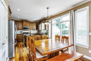 "Photo 7: 17968 71A Avenue in Surrey: Cloverdale BC House for sale in ""Provinceton"" (Cloverdale)  : MLS®# R2492909"