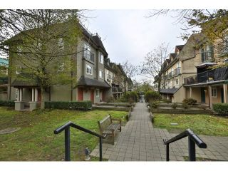 """Photo 18: 88 1561 BOOTH Avenue in Coquitlam: Maillardville Townhouse for sale in """"THE COURCELLES"""" : MLS®# R2010267"""