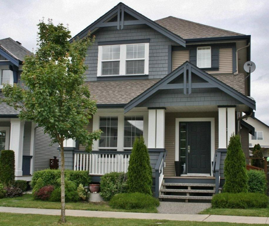 Main Photo: 19049 69TH Ave in Cloverdale: Clayton Home for sale ()  : MLS®# F1216846