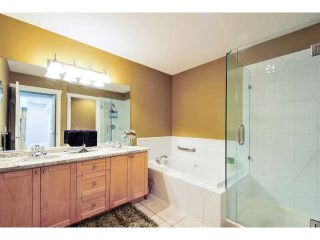 """Photo 14: 8 15450 ROSEMARY HEIGHTS Crescent: White Rock Townhouse for sale in """"CARRINGTON"""" (South Surrey White Rock)  : MLS®# F1451346"""