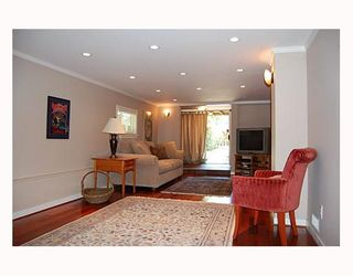 """Photo 6: 644 W 20TH Avenue in Vancouver: Cambie House for sale in """"DOUGLAS PARK"""" (Vancouver West)  : MLS®# V662117"""