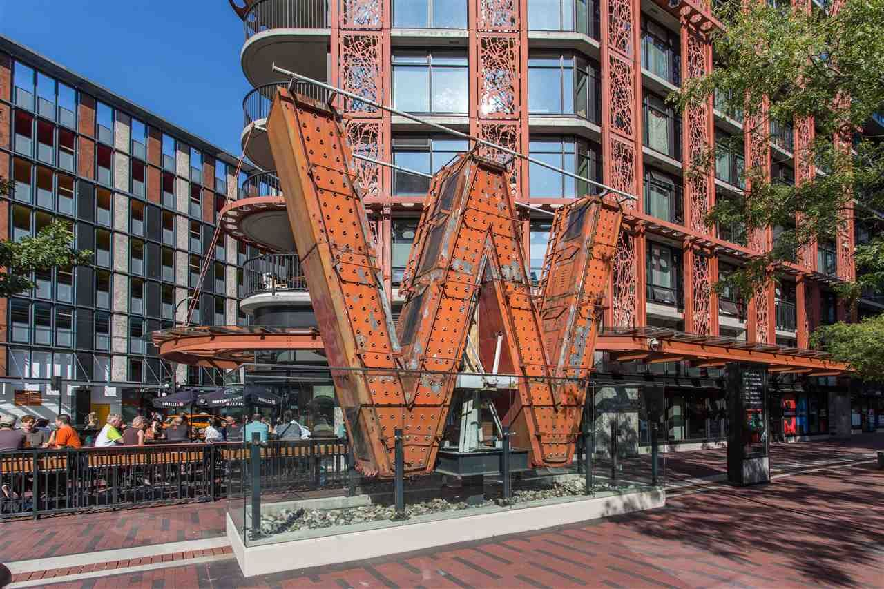 """Main Photo: 2608 108 W CORDOVA Street in Vancouver: Downtown VW Condo for sale in """"Woodward's Building"""" (Vancouver West)  : MLS®# R2437742"""