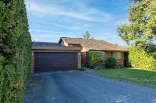 """Photo 1: 20735 46A Avenue in Langley: Langley City House for sale in """"Mossey Estates"""" : MLS®# R2568109"""