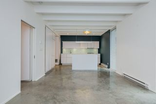 """Photo 12: 304 219 E GEORGIA Street in Vancouver: Strathcona Condo for sale in """"The Flats"""" (Vancouver East)  : MLS®# R2562533"""