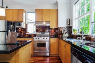 """Photo 15: 876 W 15TH Avenue in Vancouver: Fairview VW Townhouse for sale in """"Redbricks I"""" (Vancouver West)  : MLS®# R2506107"""