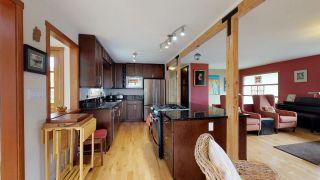 """Photo 5: 2111 RIDGEWAY Crescent in Squamish: Garibaldi Estates House for sale in """"Garibaldi Estates"""" : MLS®# R2258821"""