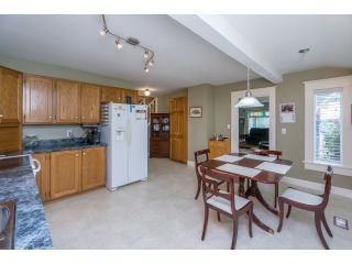 """Photo 10: 18076 58TH Avenue in Surrey: Cloverdale BC House for sale in """"CLOVERDALE"""" (Cloverdale)  : MLS®# F1440680"""