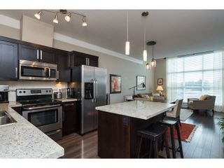 "Photo 2: 407 20630 DOUGLAS Crescent in Langley: Langley City Condo for sale in ""BLU"" : MLS®# R2049078"