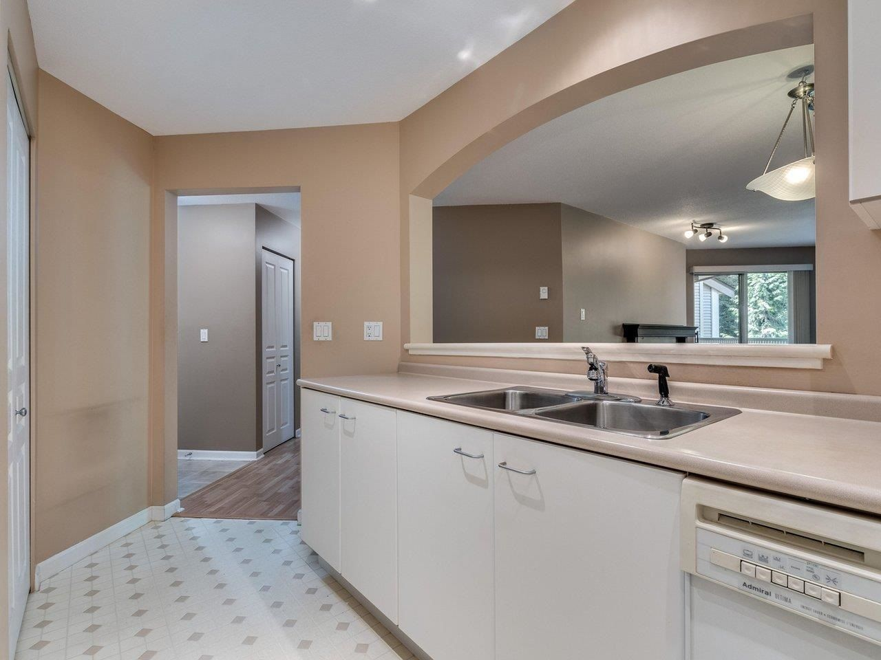 """Photo 17: Photos: 320 1252 TOWN CENTRE Boulevard in Coquitlam: Canyon Springs Condo for sale in """"The Kennedy"""" : MLS®# R2595291"""