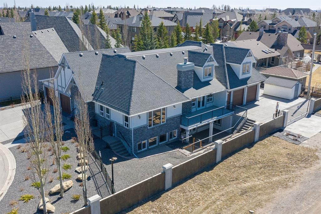 Main Photo: 17 Aspen Ridge Close SW in Calgary: Aspen Woods Detached for sale : MLS®# A1097029