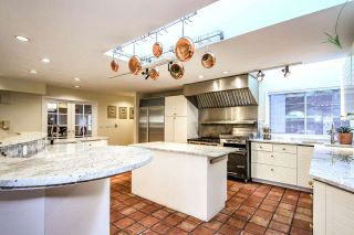 Photo 10: 4220 STARLIGHT WAY in North Vancouver: Upper Delbrook House for sale : MLS®# R2036386