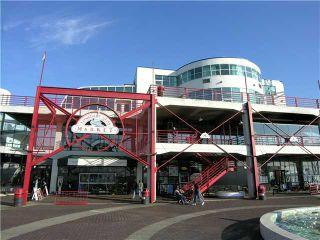 "Photo 9: 415 147 E 1ST Street in North Vancouver: Lower Lonsdale Condo for sale in ""CORONADO"" : MLS®# V980057"