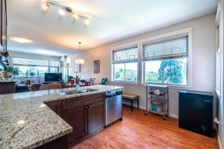 Photo 5: 401 22858 LOUGHEED HIGHWAY in Maple Ridge: East Central Condo for sale : MLS®# R2578938