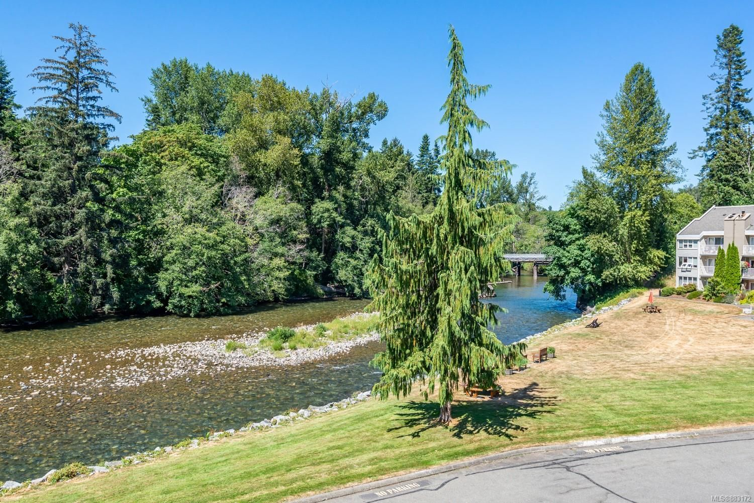 Photo 27: Photos: 303 205 1st St in : CV Courtenay City Row/Townhouse for sale (Comox Valley)  : MLS®# 883172
