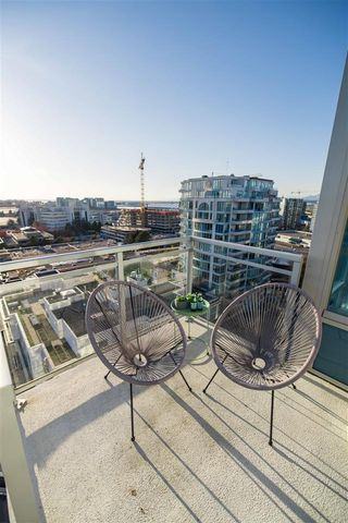 """Photo 6: 1805 7371 WESTMINSTER Highway in Richmond: Brighouse Condo for sale in """"Lotus"""" : MLS®# R2449971"""