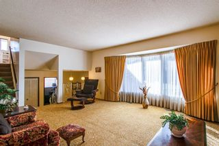 Photo 2: 10424 39A Avenue in Edmonton: Zone 16 House for sale : MLS®# E4264425