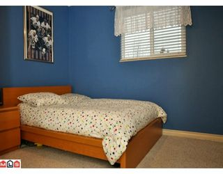Photo 8: 17085 61A Avenue in Surrey: Cloverdale BC House for sale (Cloverdale)  : MLS®# F1004959