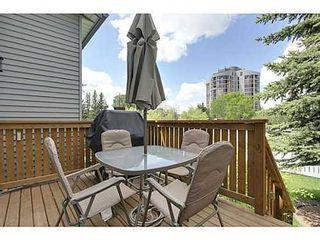Photo 11: 22 COACHWAY Green SW in Calgary: 4 Level Split for sale : MLS®# C3572923