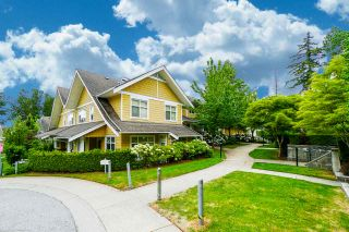 """Photo 1: 81 6878 SOUTHPOINT Drive in Burnaby: South Slope Townhouse for sale in """"CORTINA"""" (Burnaby South)  : MLS®# R2369497"""
