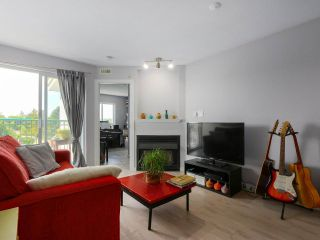 "Photo 5: PH12 868 KINGSWAY Avenue in Vancouver: Fraser VE Condo for sale in ""KINGS VILLA"" (Vancouver East)  : MLS®# R2375408"