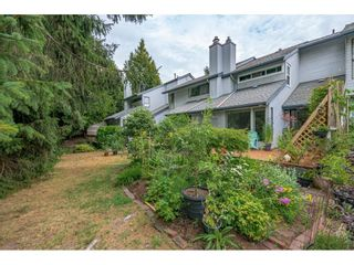 """Photo 39: 15843 ALDER Place in Surrey: King George Corridor Townhouse for sale in """"ALDERWOOD"""" (South Surrey White Rock)  : MLS®# R2607758"""