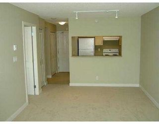"""Photo 2: 101 3660 VANNESS Avenue in Vancouver: Collingwood VE 1/2 Duplex for sale in """"CIRCA"""" (Vancouver East)  : MLS®# V789391"""