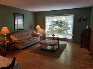 Photo 3: 115 NORTH HILL Drive in East St Paul: North Hill Park Residential for sale (3P)  : MLS®# 1816530