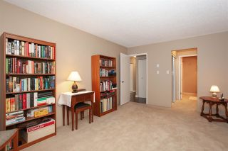 """Photo 15: 4 6537 138 Street in Surrey: East Newton Townhouse for sale in """"Charleston Green"""" : MLS®# R2303833"""