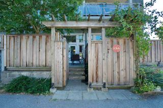 """Photo 27: 102 3688 INVERNESS Street in Vancouver: Knight Condo for sale in """"Charm"""" (Vancouver East)  : MLS®# R2488351"""
