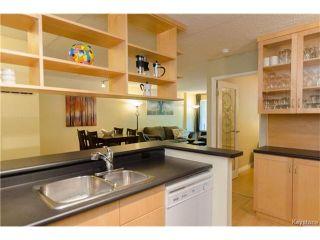 Photo 7: 70 Plaza Drive in Winnipeg: Fort Garry Condominium for sale (1J)  : MLS®# 1701334