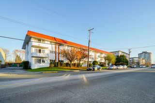 """Photo 1: 107 12096 222 Street in Maple Ridge: West Central Condo for sale in """"CANUCK PLAZA"""" : MLS®# R2386177"""
