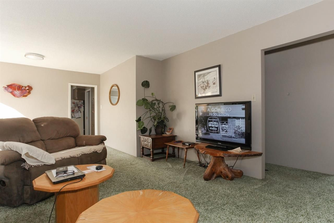 Photo 4: Photos: 334 LEROY STREET in Coquitlam: Central Coquitlam House for sale : MLS®# R2210687