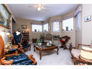 """Photo 11: 33 9168 FLEETWOOD Way in Surrey: Fleetwood Tynehead Townhouse for sale in """"The Fountains"""" : MLS®# F1414728"""