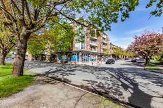 Photo 1: 206 2071 W 42ND Avenue in Vancouver: Kerrisdale Townhouse for sale (Vancouver West)  : MLS®# R2164851