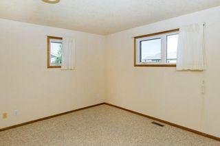 Photo 15: 321 1st Street: Milo House for sale : MLS®# C4149480