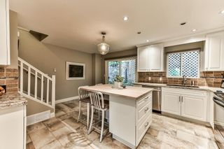"Photo 2: 184 JAMES Road in Port Moody: Port Moody Centre Townhouse for sale in ""Tall Tree Estates"" : MLS®# R2177636"