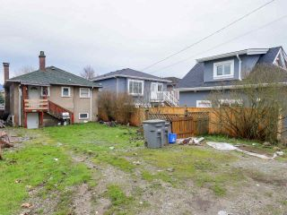 Photo 3: 2710 MCGILL Street in Vancouver: Hastings East House for sale (Vancouver East)  : MLS®# R2035003