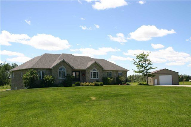 Main Photo: 514290 2nd Line in Amaranth: Rural Amaranth House (Bungalow) for sale : MLS®# X4155889