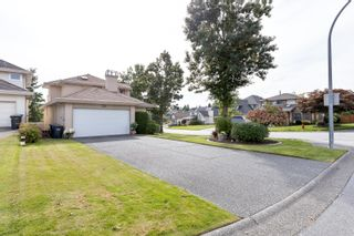 """Photo 2: 864 BAILEY Court in Port Coquitlam: Citadel PQ House for sale in """"CITADEL HEIGHTS"""" : MLS®# R2621047"""