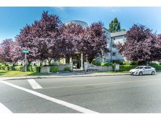 "Photo 2: 212 5465 201 Street in Langley: Langley City Condo for sale in ""Briarwood Park"" : MLS®# R2290256"