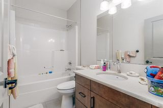 Photo 13: 165 Burma Star Road SW in Calgary: Currie Barracks Detached for sale : MLS®# A1091241