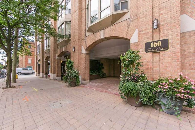 FEATURED LISTING: 507 - 160 Frederick Street Toronto